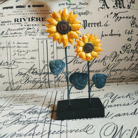 Double sunflower note/photograph holder